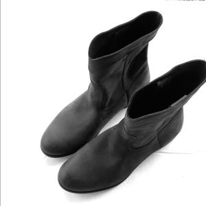 Frye Shoes - Frye Cara Roper Black Leather Boots Size 9